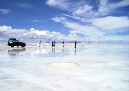 Tour Uyuni salt flats 2 days 1 night